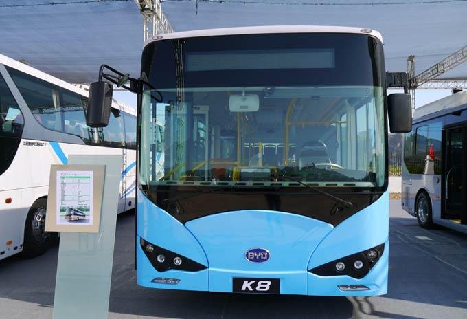 大庆公共汽车-500台纯电动公交车7月初投入使用高清图片