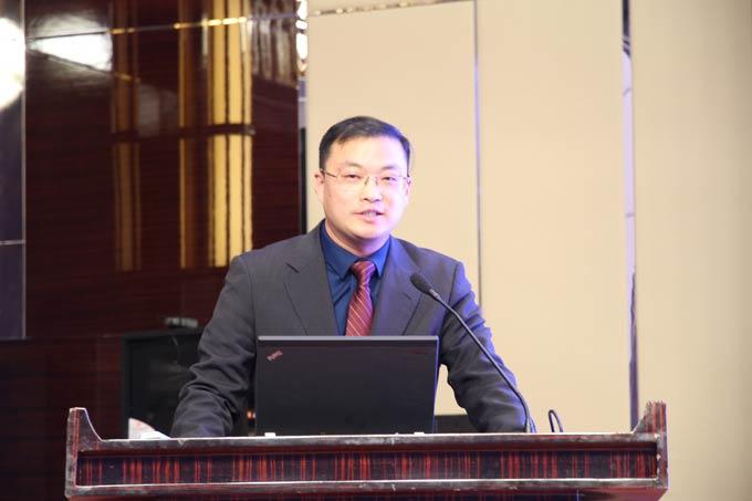 安凯新能源客车研究所所长陈顺东主题发言